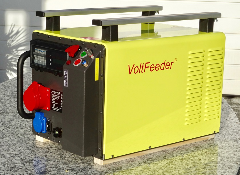 The Voltfeeder outside.